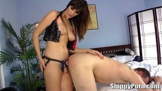Tall femdom Holly Michaels strapon